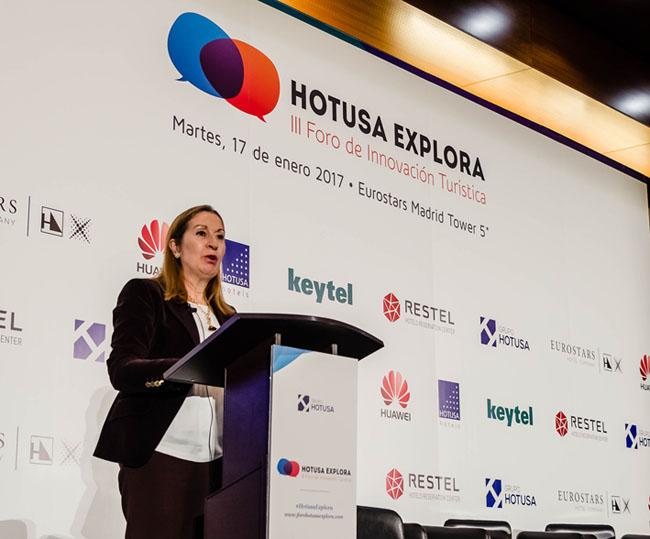 La presidenta del Congreso, Ana Pastor, clausura el III Hotusa Explora