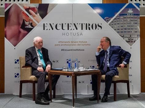 Jose María Gay de Liébana y Leopoldo Abadía debaten sobre las perspectivas económicas del 2017 en Encuentros Hotusa