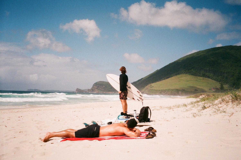 Las mejores playas para practicar surf en Cádiz
