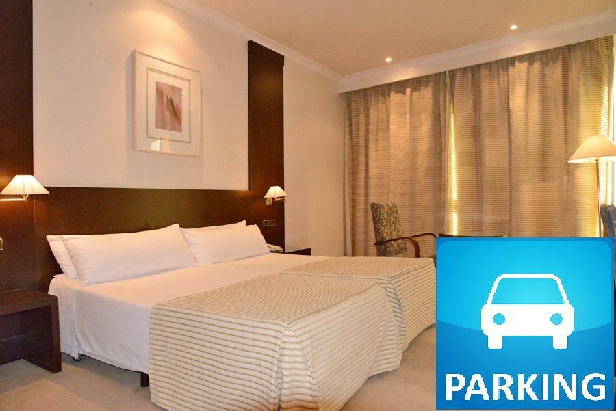 Habitaciones exe oviedo centro for Habitaciones conectadas hotel