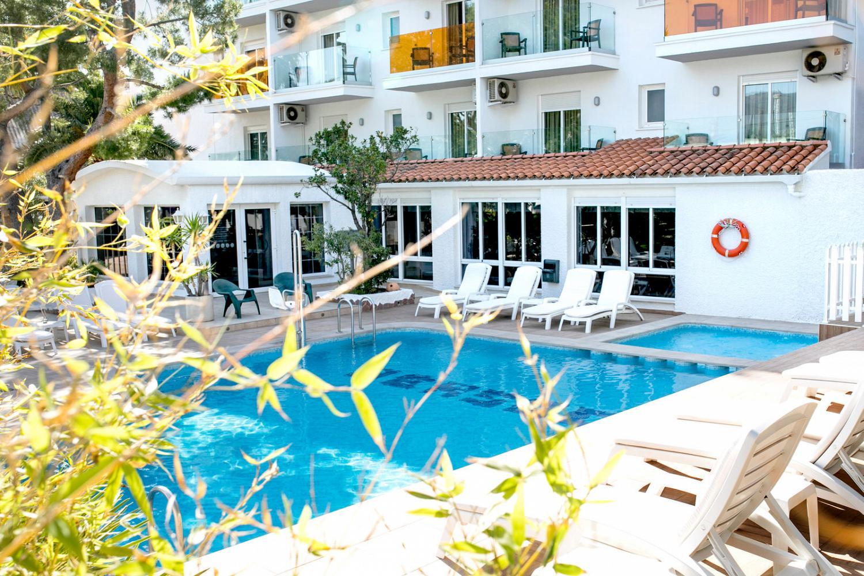 Hotel con piscina en Benicàssim