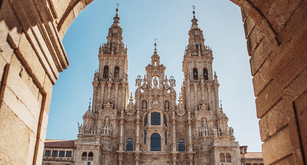 ¿Por qué alojarte en un hotel con encanto ubicado en el centro de Santiago de Compostela?
