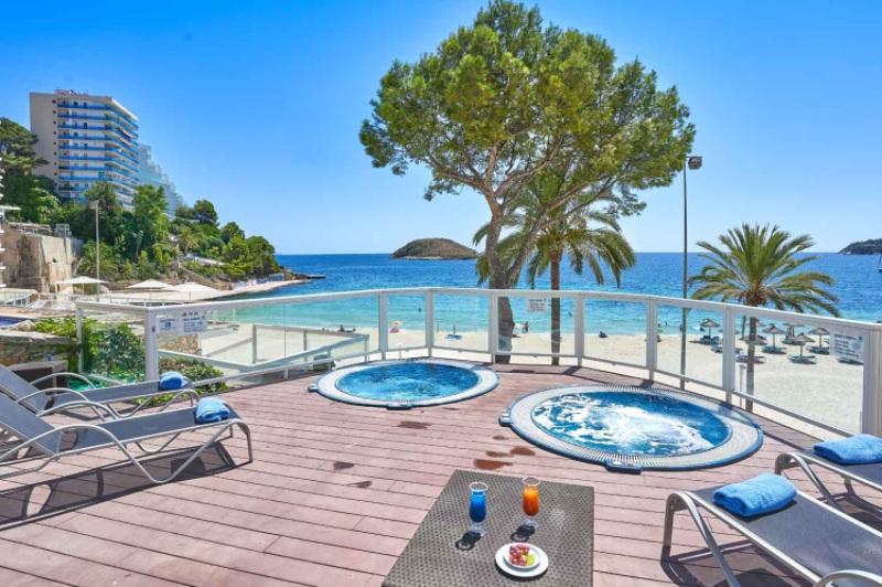 ¿Por qué alojarse en el Hotel Flamboyan-Caribe?