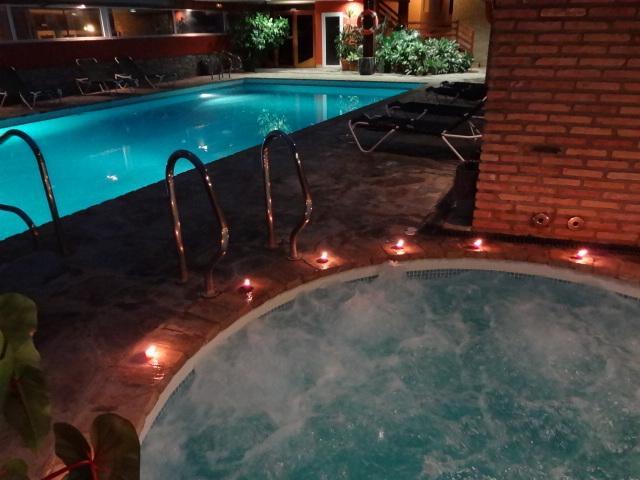 Jacuzzi O Baño Turco:Reserve su estancia con un mínimo de 3 noches y aprovéchese de éste