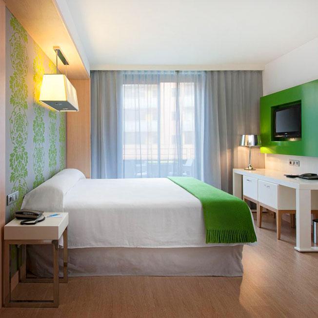 Habitaciones Stándard Hotel URH Girona