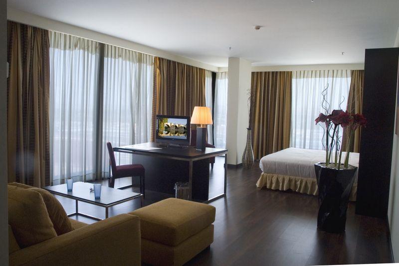 Hôtel HUSA PUERTA DE ZARAGOZA