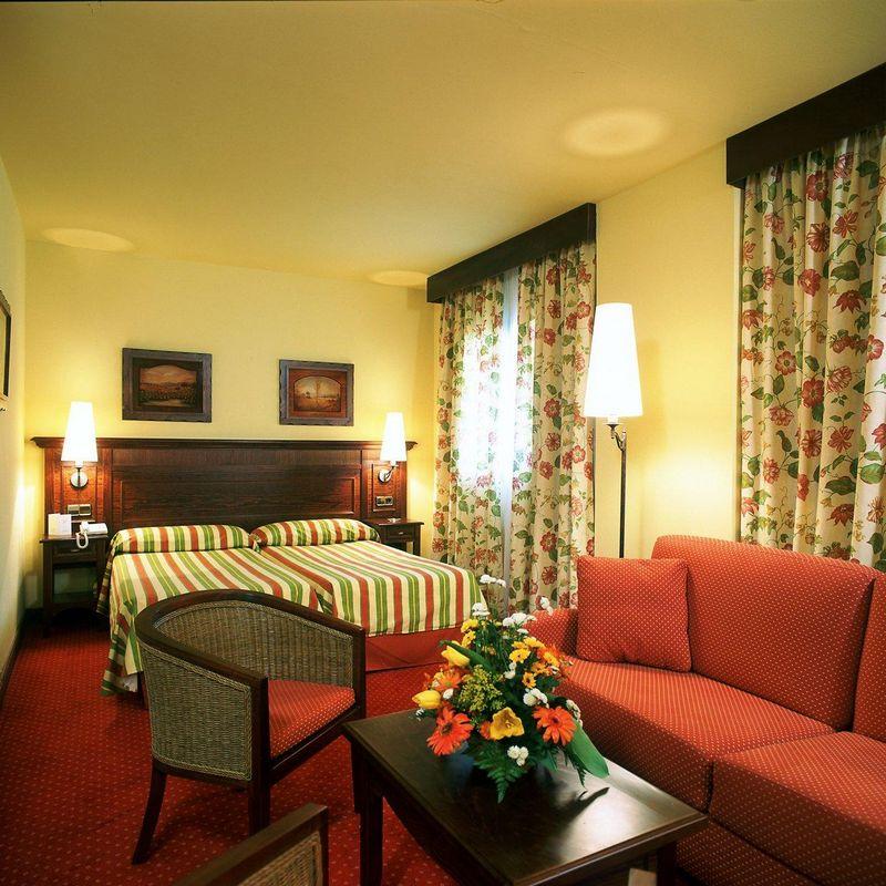 Hotel HUSA TUCA