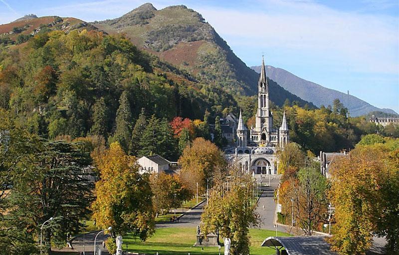 Lourdes Hotel Notre Dame de la Sarte