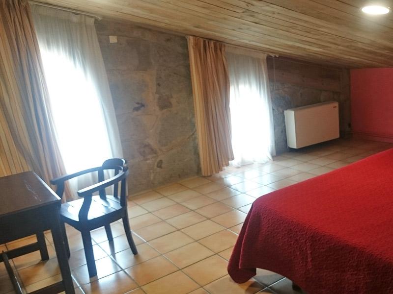 El Jou Hotel