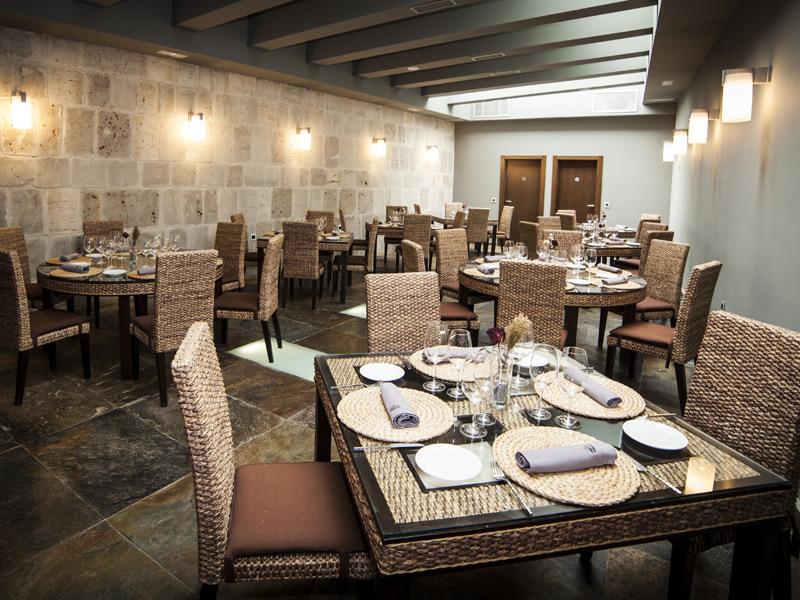 Tierra Restaurant