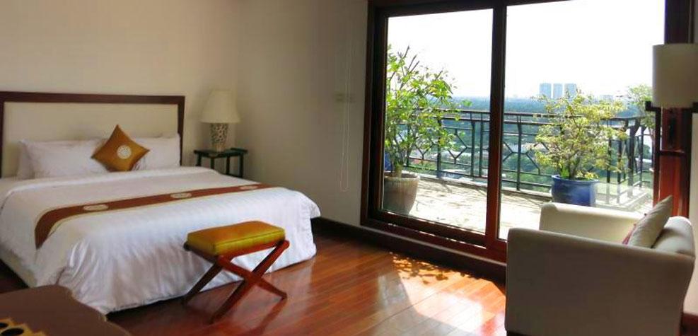 4 bedrooms Suite