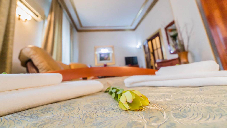 Bucharest Comfort Suites Hotel