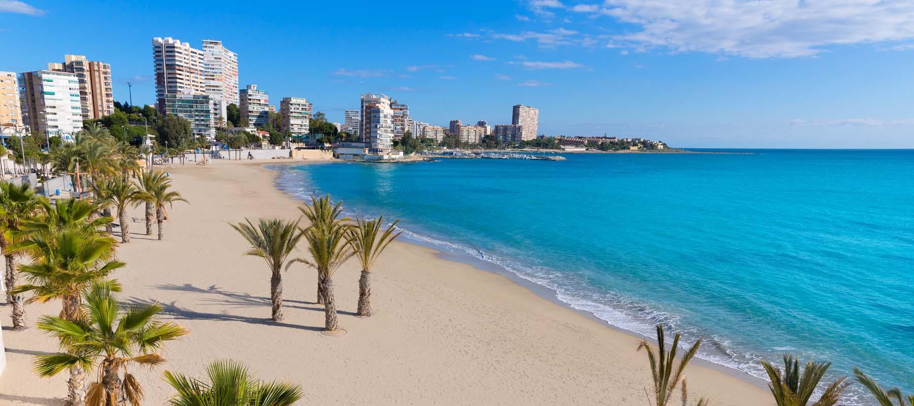 Restaurante con piscina alicante awesome voramar playa for Piscina alicante