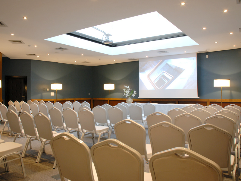 LE DÔME meeting room