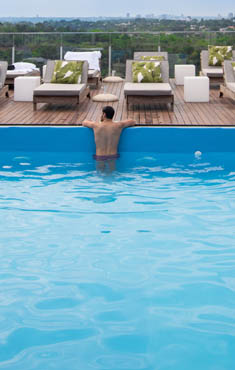 Outdoor<br> pool