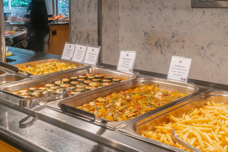 Restaurante bufet de Hotel & Apartmentos Leman