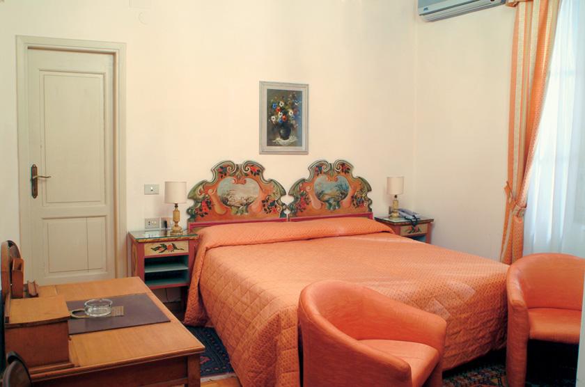 DOUBLE ROOM Villa Le Rondini